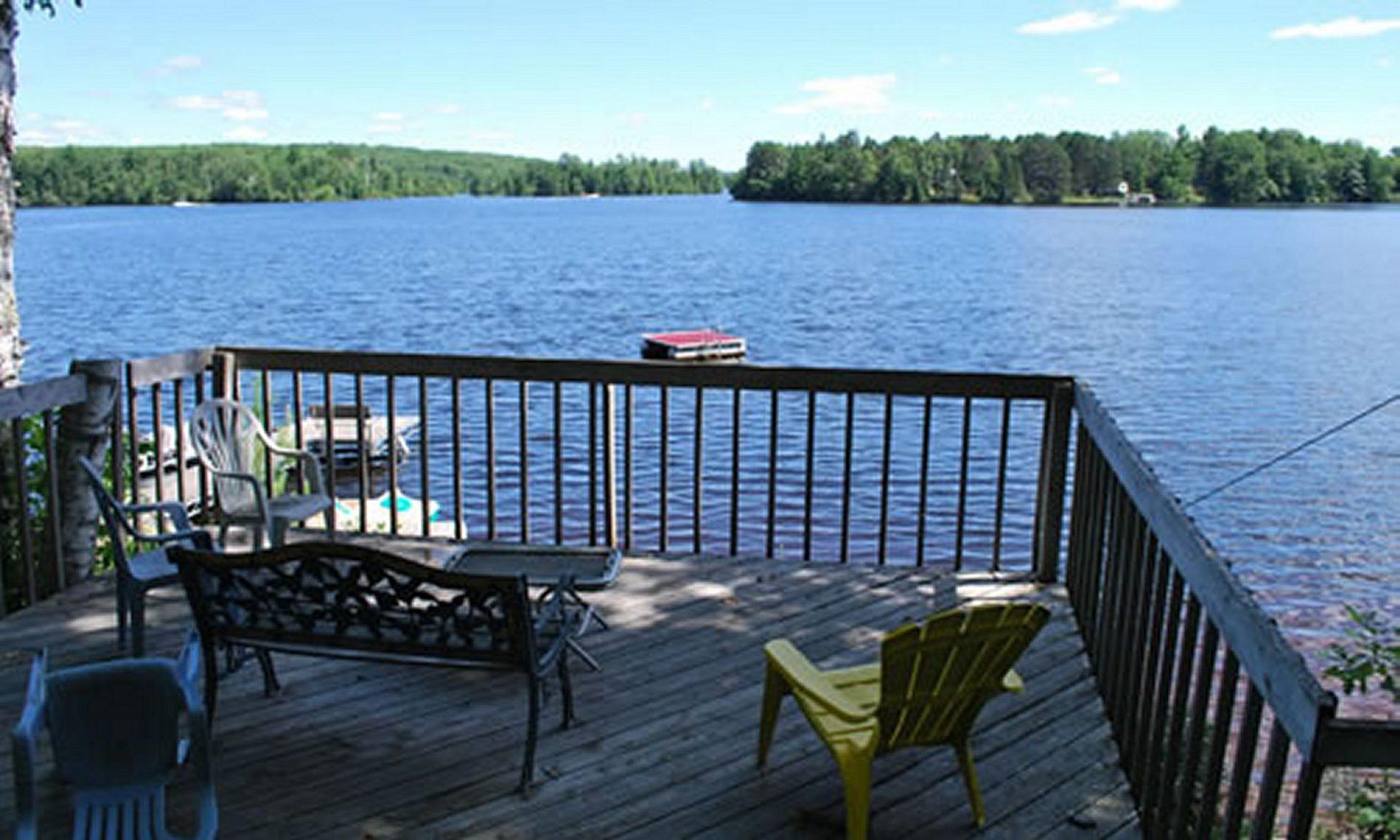Welcome to Reiske's Island View Resort